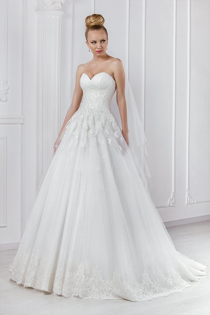 Wedding dresses Leondra