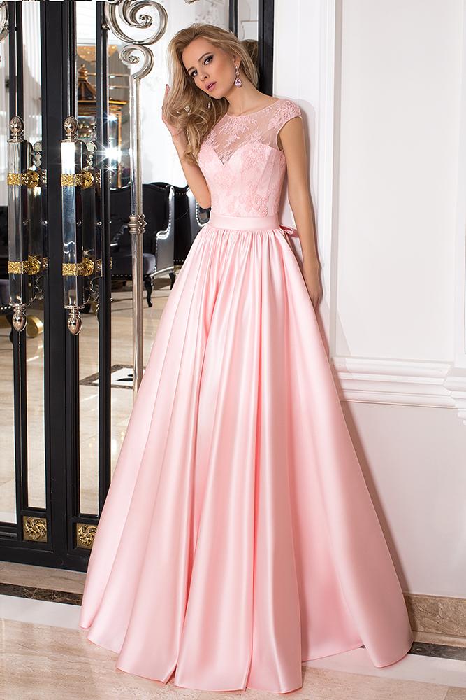 Sukienki Wieczorowe 993 Sylwetka  Balowa suknia   Kolor  Różowy  Dekolt  Dekolt w kształcie serca  Iluzja  Rękawy  Szerokie ramiączka  Flex  Bez trenu