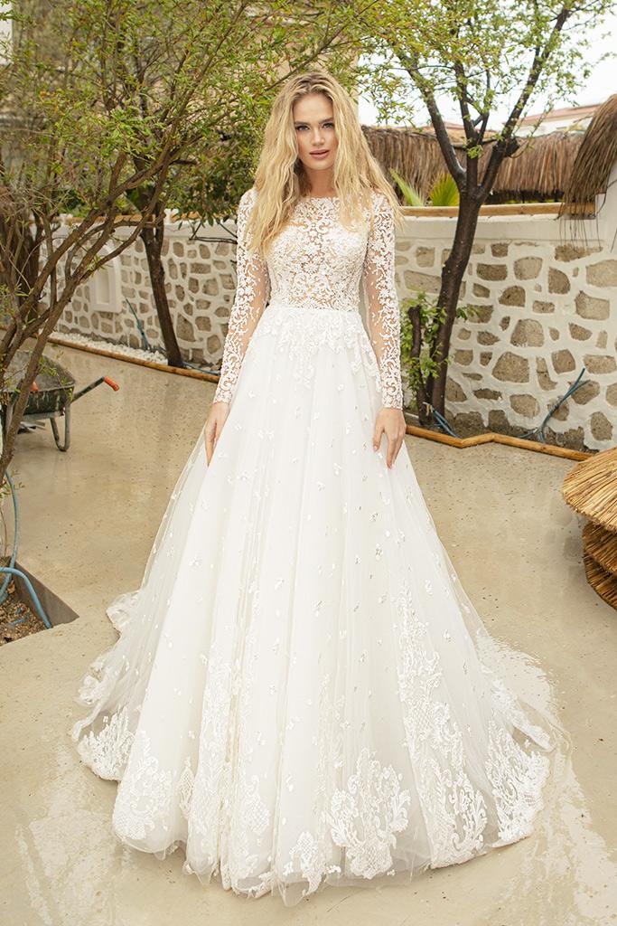 Suknie ślubne Paolina Sylwetka  Balowa suknia   Kolor  Kremowy  Dekolt  Owalny  Rękawy  Długi  Flex  Z trenem