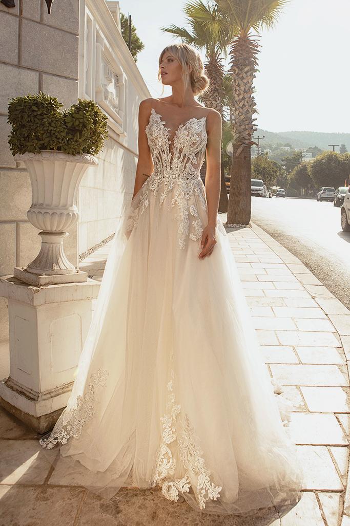 Wedding dresses Medison Color  Blush  Ivory