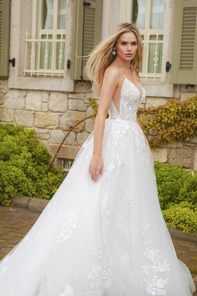 Wedding dresses Juliana Color  Ivory