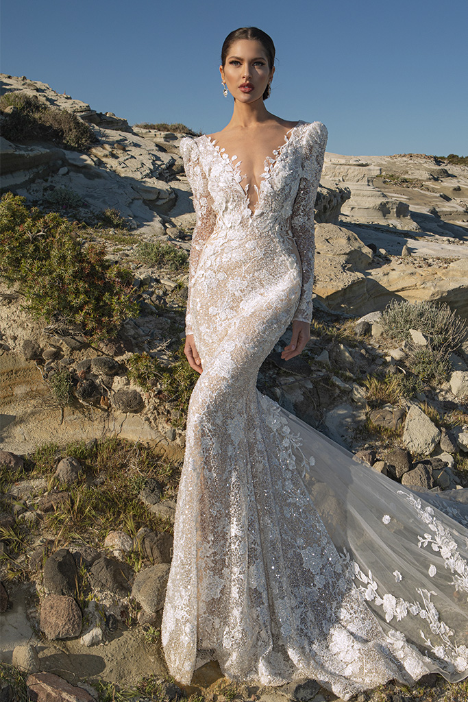 Wedding dresses Mia Silhouette  Fitted  Color  Ivory-blush  Sleeves  Long Sleeves