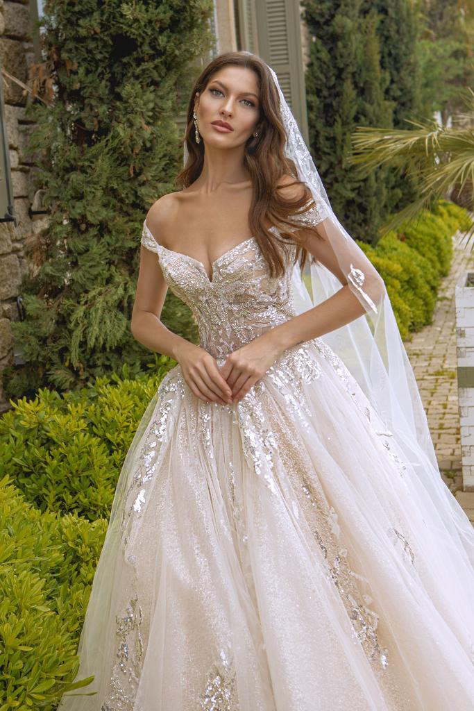Wedding dresses Leila Color  Blush  Ivory