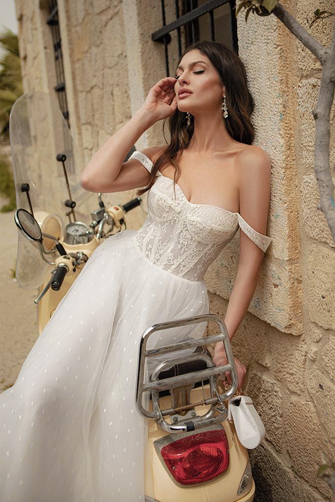 Wedding dresses Marisa Color  Ivory