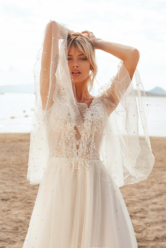 Wedding dresses Yuna Silhouette  A Line  Color  Ivory-blush  Neckline  Portrait (V-neck)  Sleeves  Detachable  Wide straps  Train  With train