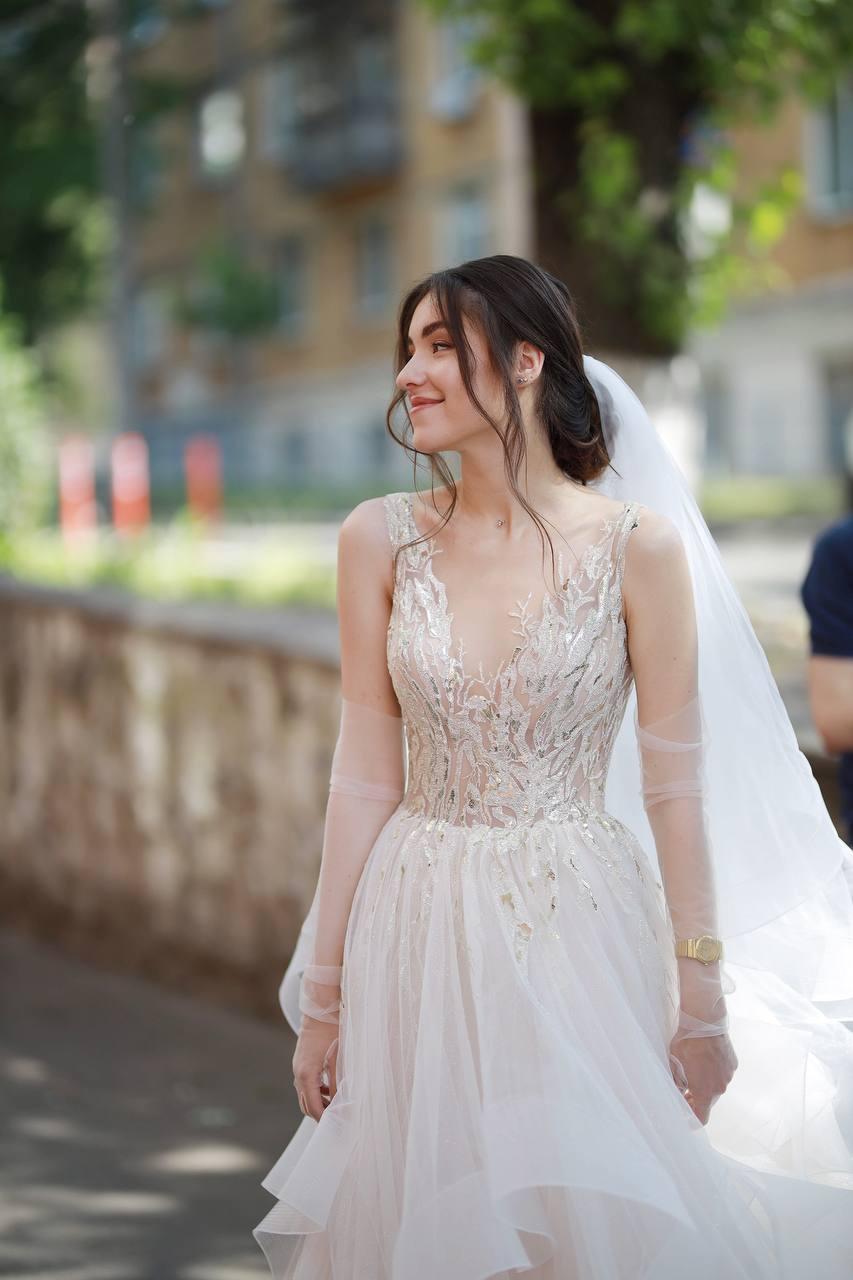 Real brides Kira