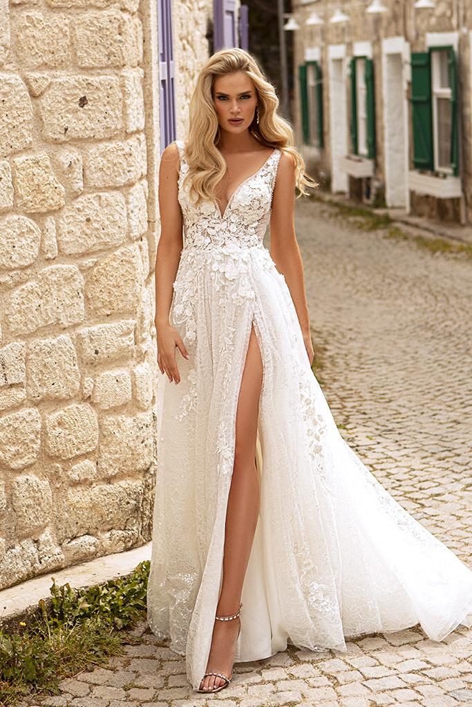 Wedding dresses Vivienne Color  Ivory-blush
