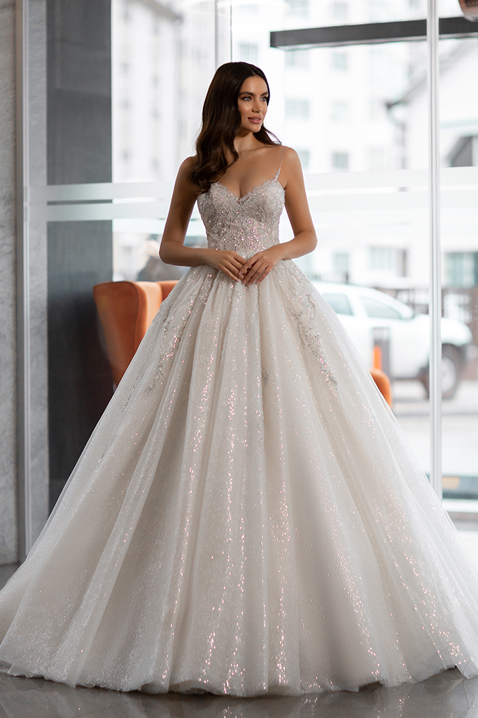 Wedding dress Cherry  Silhouette  A Line  Color  Ivory  Neckline  Sweetheart  Sleeves  Sleeveless  Train  No train