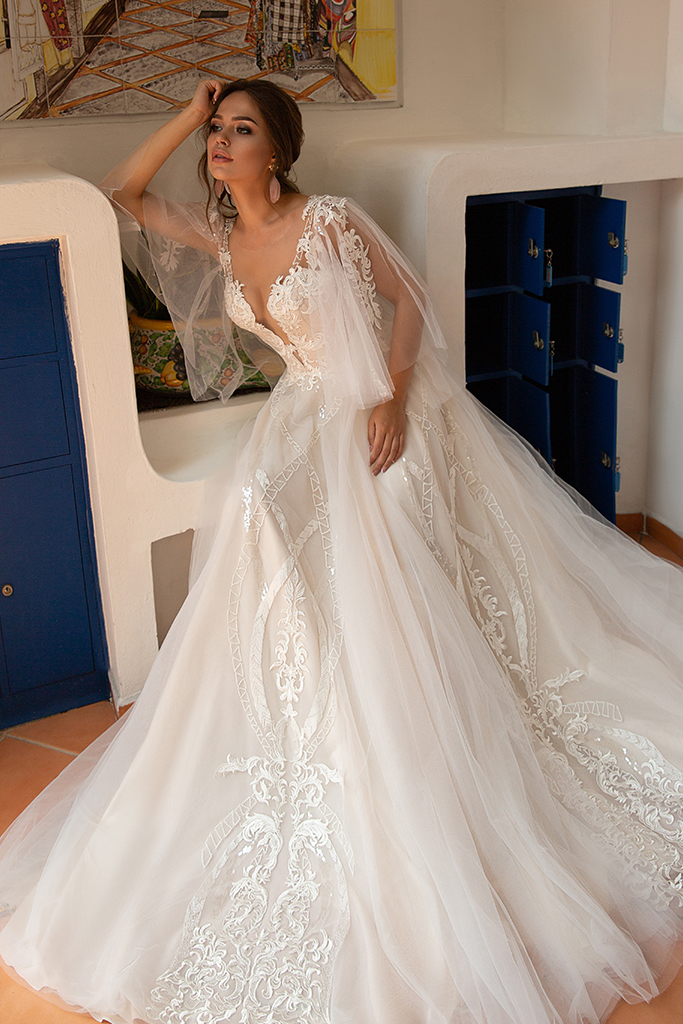 Wedding dress Lindsey Silhouette  A Line  Color  Ivory  Neckline  Sweetheart  Sleeves  Detachable  Train  With train