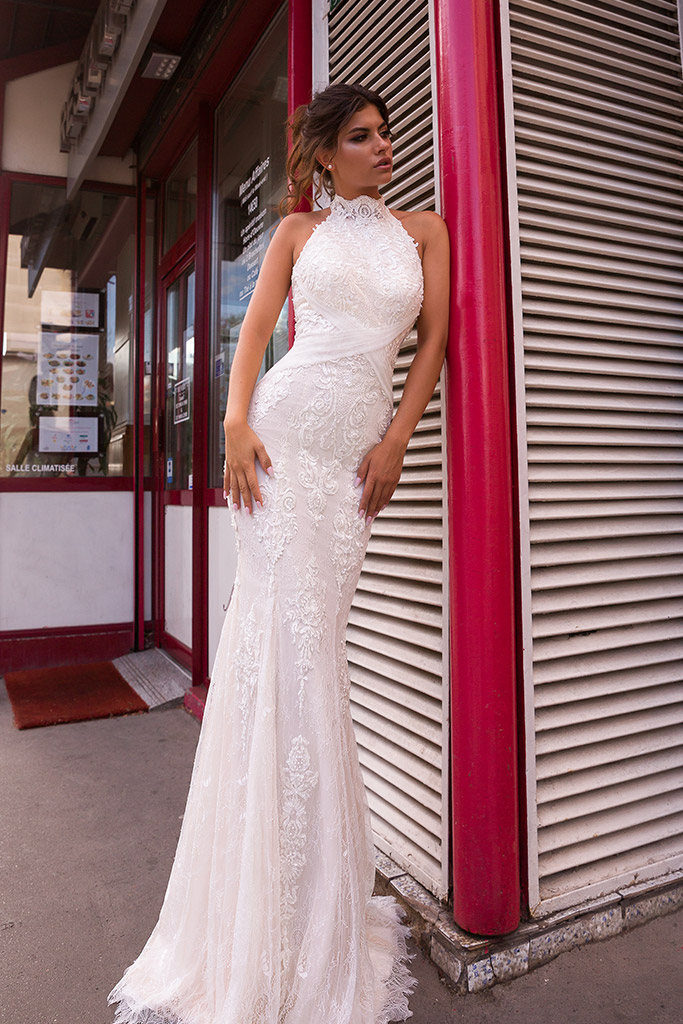 Wedding dress Ashley-1 Silhouette  Fitted  Color  Ivory  Neckline  Halter  Sleeves  Sleeveless  Train  With train