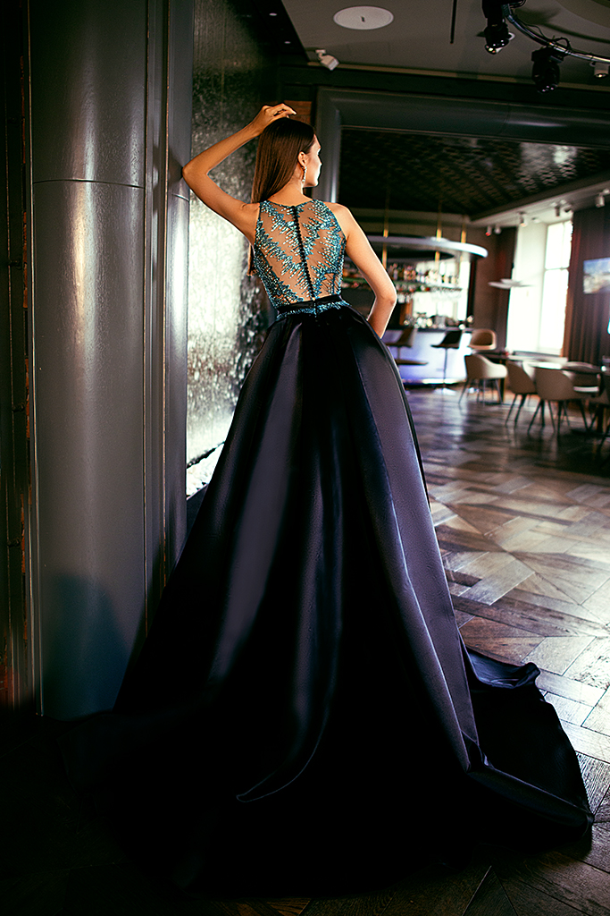 Evening dresses №1400 Silhouette  A Line  Color  Blue  Neckline  Halter  Sleeves  Sleeveless  Train  With train