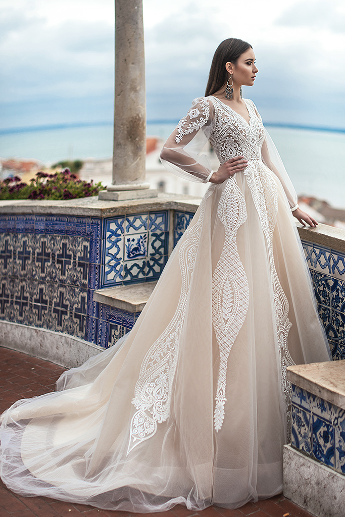 Wedding dress Lexie Silhouette  A Line  Color  Cappuccino  Ivory  Neckline  Portrait (V-neck)  Sleeves  Long Sleeves  Train  With train