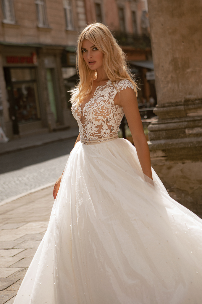 Wedding dresses Valerie Collection  City Passion  Silhouette  Ball Gown  Color  Blush  Ivory  Neckline  Portrait (V-neck)  Sleeves  Wide straps  Train  With train