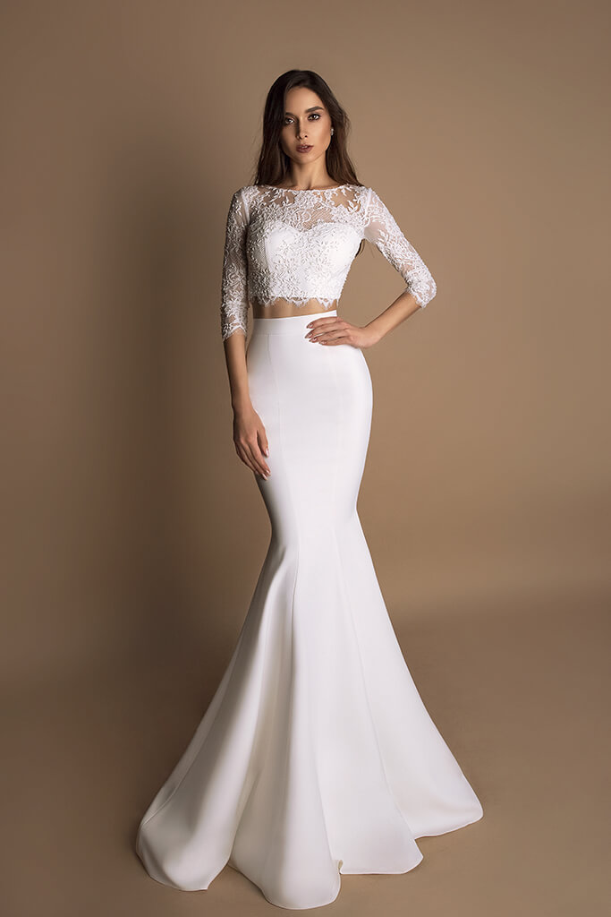 Wedding dresses Loren-1 Collection  New Look  Silhouette  Mermaid  Color  Ivory  Neckline  Sweetheart  Jewel  Sleeves  Long Sleeves  Fitted  Train  With train