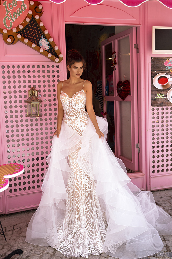 Wedding dresses Blair Collection  Highlighted Glamour  Silhouette  Fitted  Color  Ivory  Neckline  Sweetheart  Sleeves  Spaghetti Straps  Train  Detachable train
