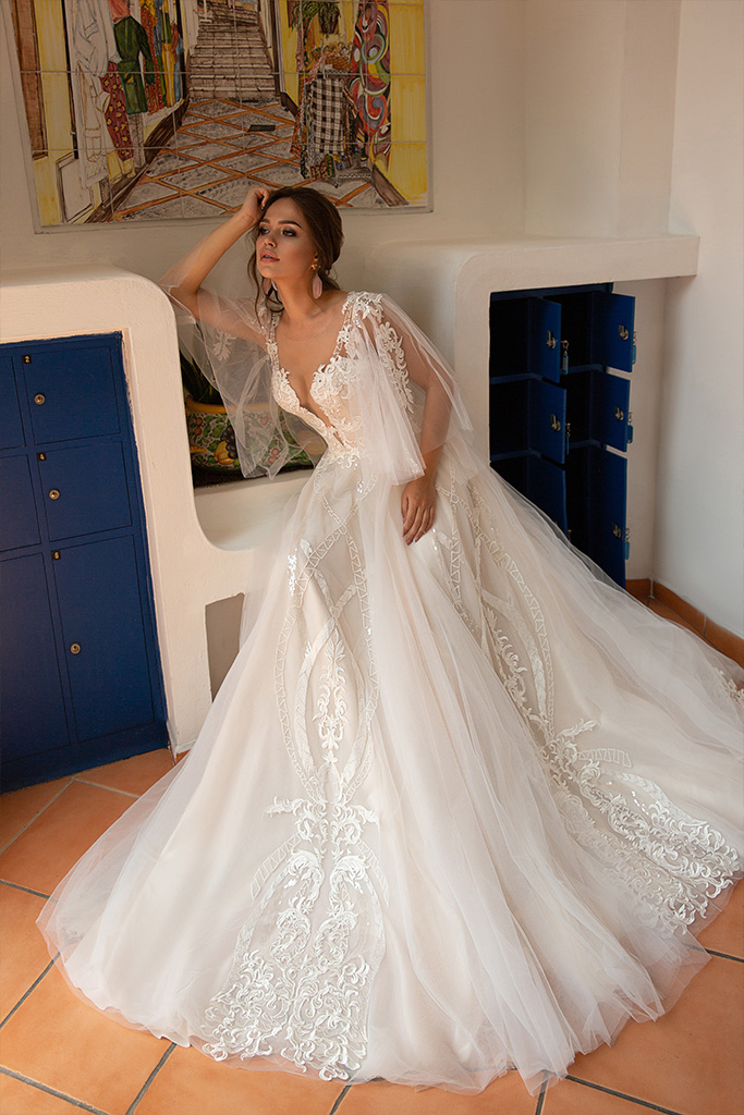 Wedding dresses Lindsey Collection  Dolce Italia  Silhouette  A Line  Color  Cappuccino  Ivory  Neckline  Sweetheart  Portrait (V-neck)  Illusion  Sleeves  Detachable  Train  No train