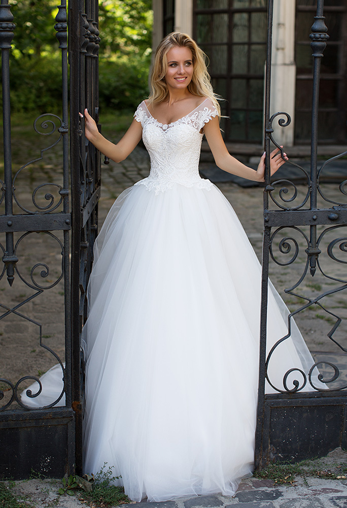 Wedding dresses Ophelia Collection  Iconic Look  Silhouette  Ball Gown  Color  Ivory  Neckline  Sweetheart  Sleeves  Off the Shoulder Sleeves  Train  With train