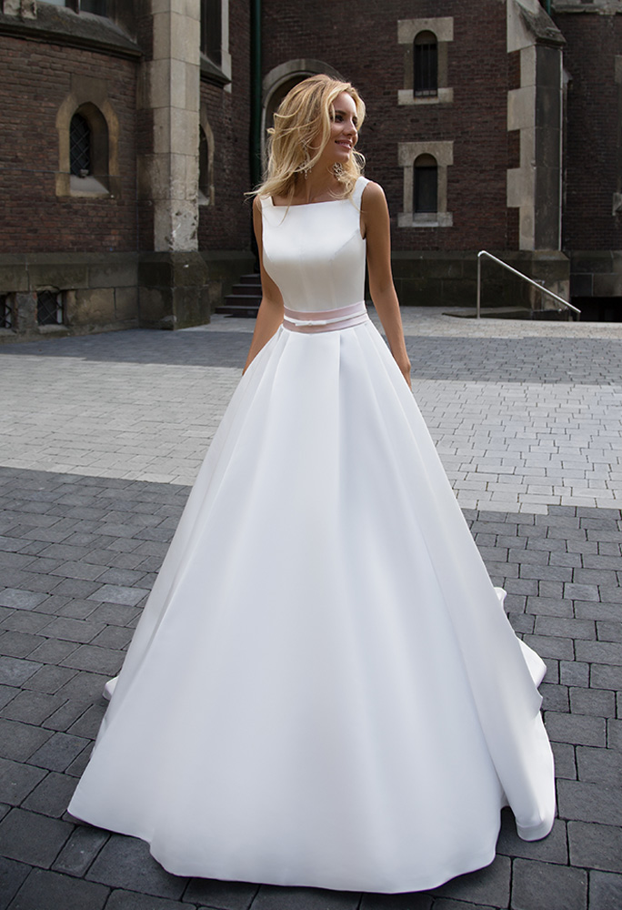 Wedding dresses Robin Collection  Supreme Classic  Silhouette  A Line  Color  Cappuccino  Neckline  Straight  Sleeves  Wide straps  Train  With train